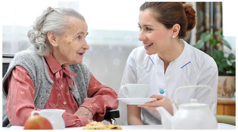 روزه گرفتن برای سالمندان