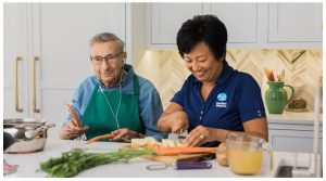 ارتباط تغذیه با بیماری در سالمندان