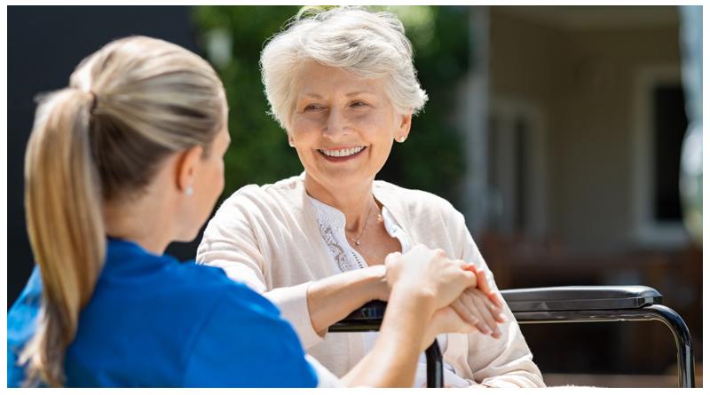 وظایف پرستار سالمندان