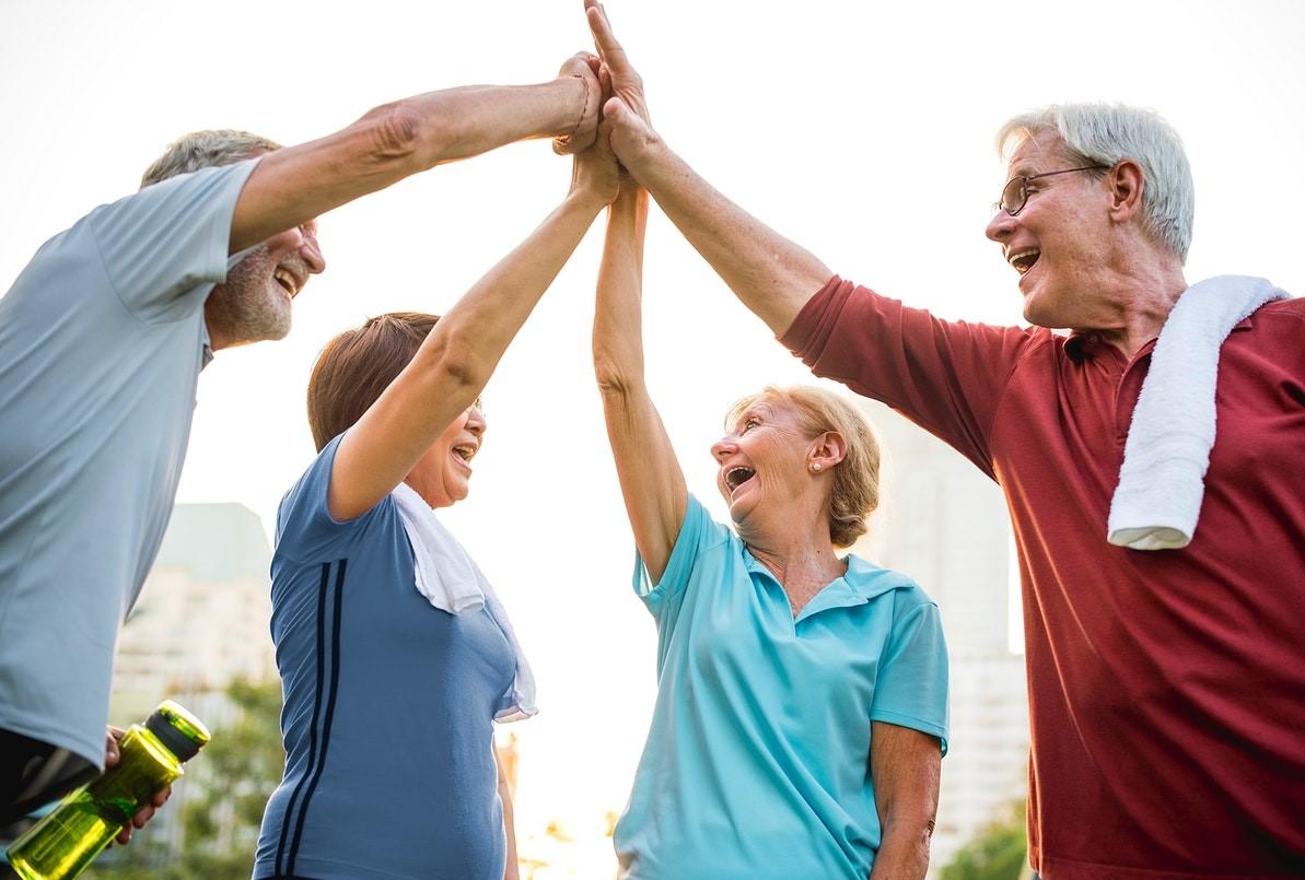 ورزش یک فعالیت اجتماعی