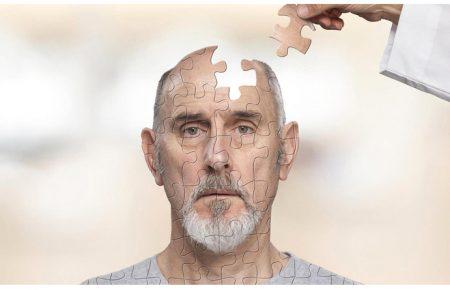 دمانس در سالمندان و علائم آن